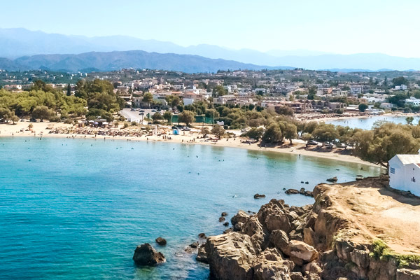 Agii Apostoli på Kreta