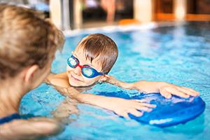 Svømmeskole på hotellet - Minos Svømmere
