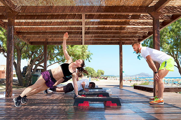 Yoga på Apollo Mondo Family Resorts